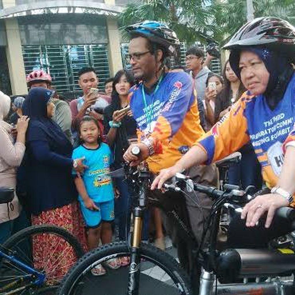 Risma Ajak Delegasi PrepCom 3 for Habitat III Gowes Bareng