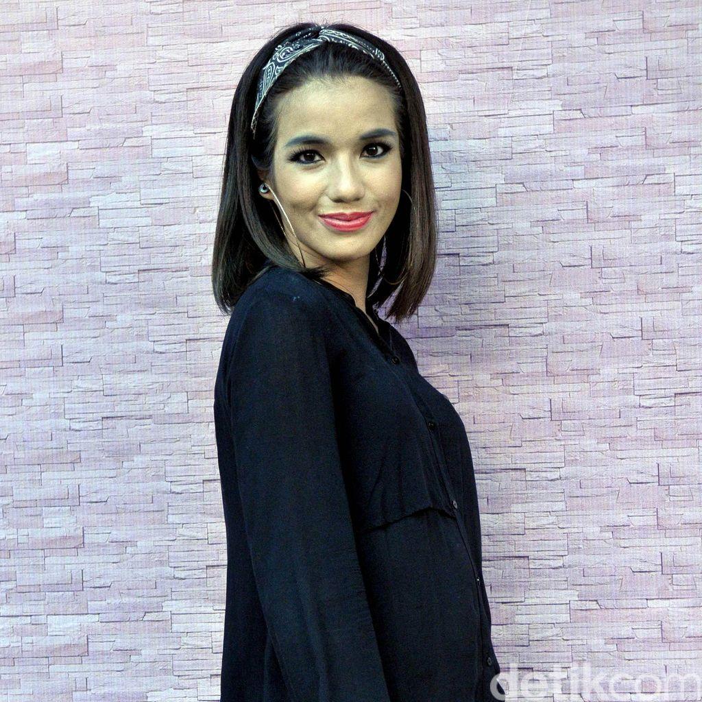 Hot Photo Highlight: Sheila Marcia hingga Para Seleb di Konser Selena Gomez