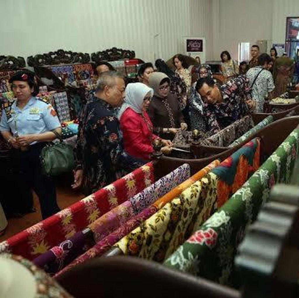 Ny Mufidah Jusuf Kalla Kesengsem Batik Jawa Timur