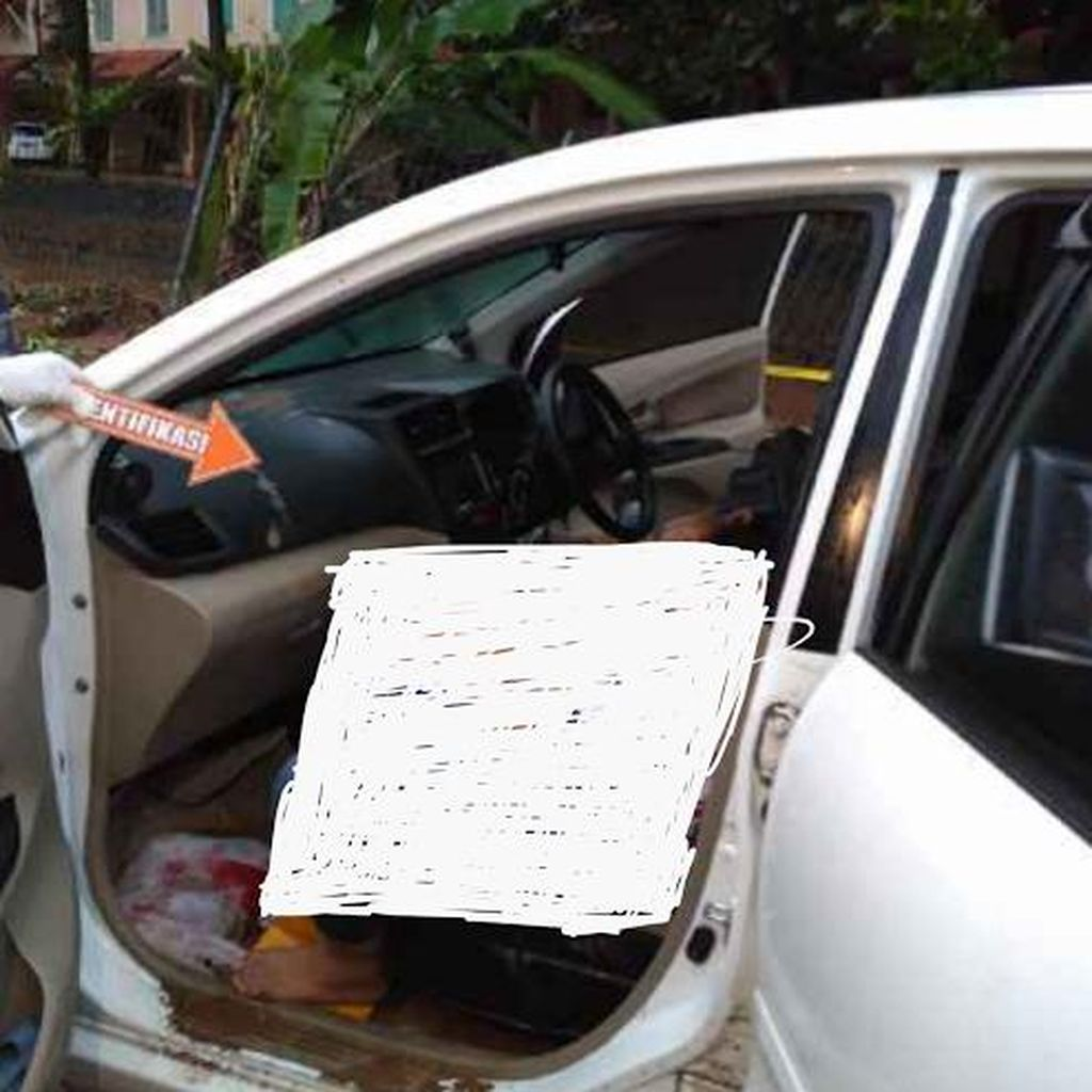 Bertahan di Mobil karena Banjir, Sekeluarga Tewas Keracunan AC di Carita
