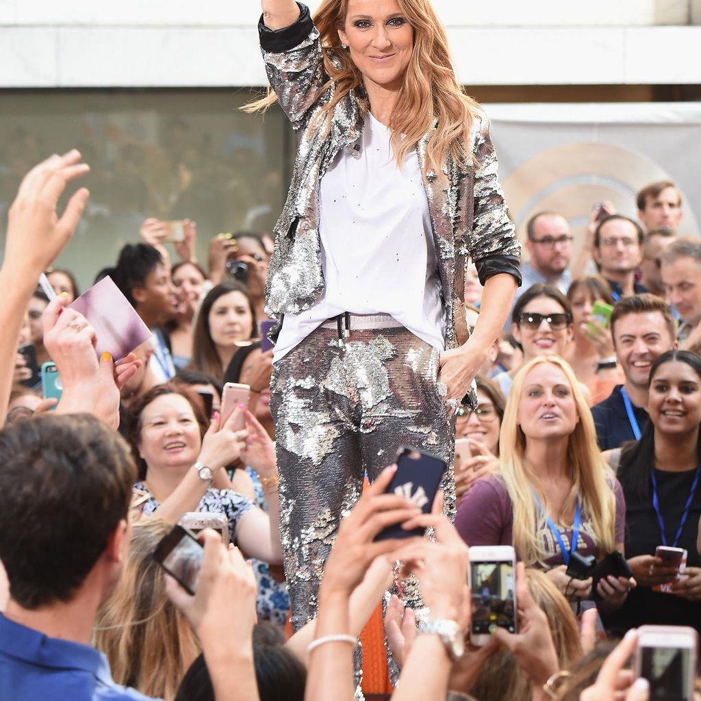 Foto: Gaya Celine Dion yang Semakin Modis di Usia 48 Tahun