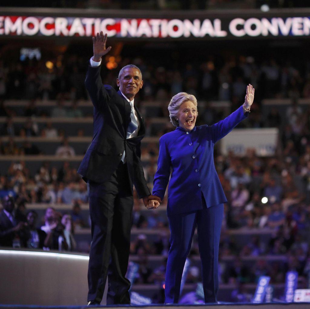 Hillary Jadi Capres Wanita Pertama AS, Hadirin Menangis di Konvensi Demokrat