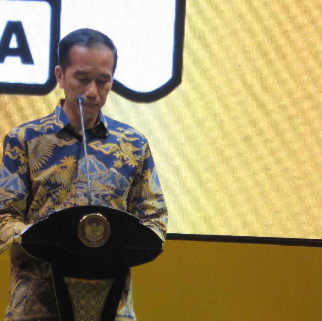 Jokowi: Saya Tak Pernah Berpikir Popularitas dalam Mengambil Keputusan