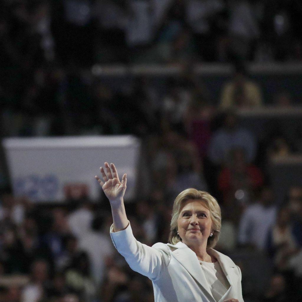 Reaksi Beragam untuk Pidato Hillary Clinton di Konvensi Partai Demokrat