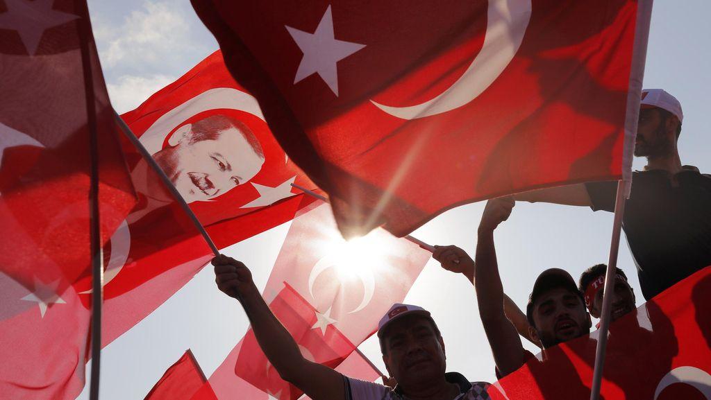 Disebut Takluk pada Erdogan dalam Bocoran Email, Bos Dogan Media Mundur