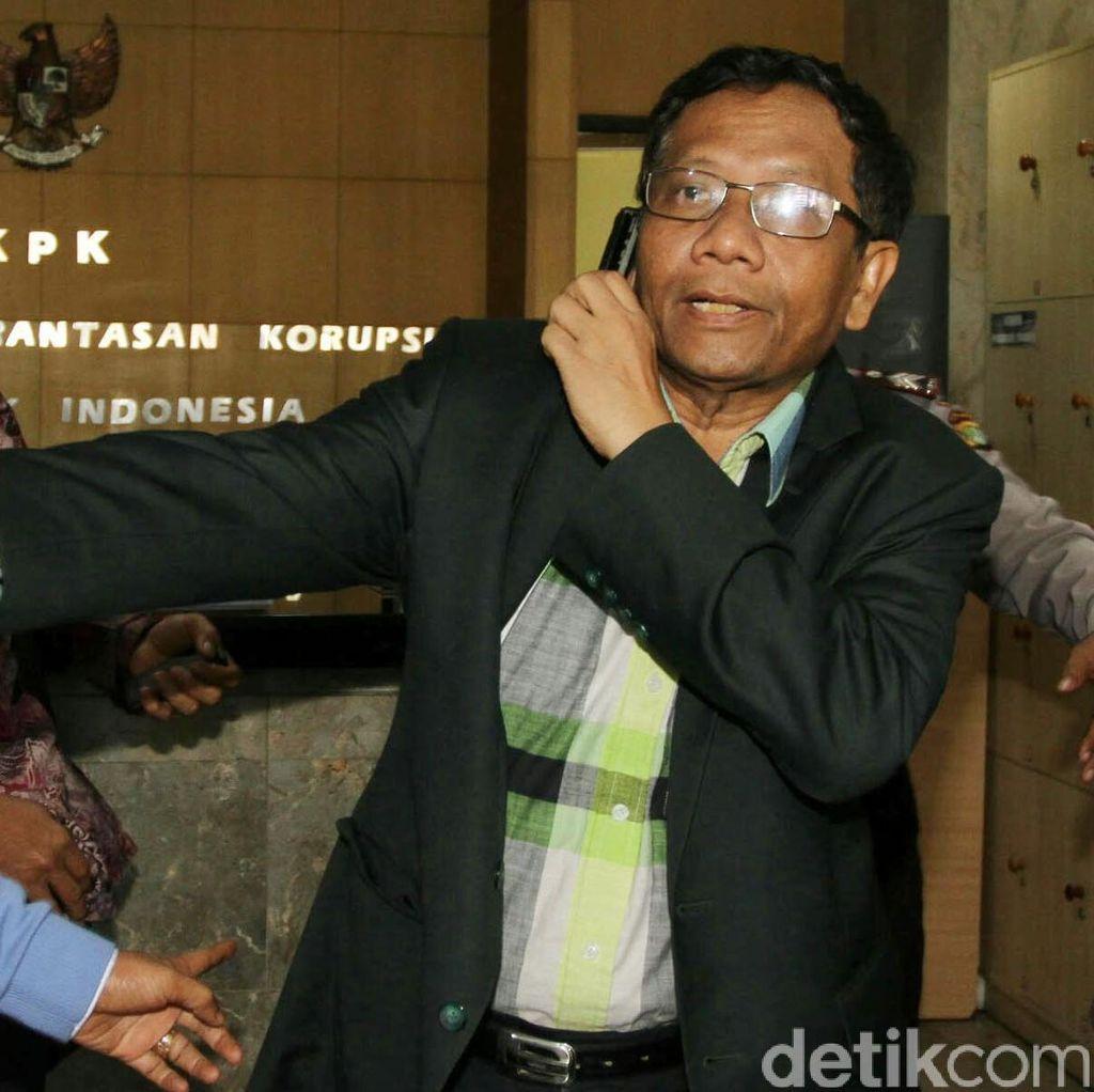 Dua Mantan Ketua MK Kritik MKD yang Pulihkan Nama Baik Setya Novanto