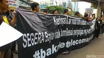 Demo Eks Karyawan Bakrie Telecom Berujung Buntu
