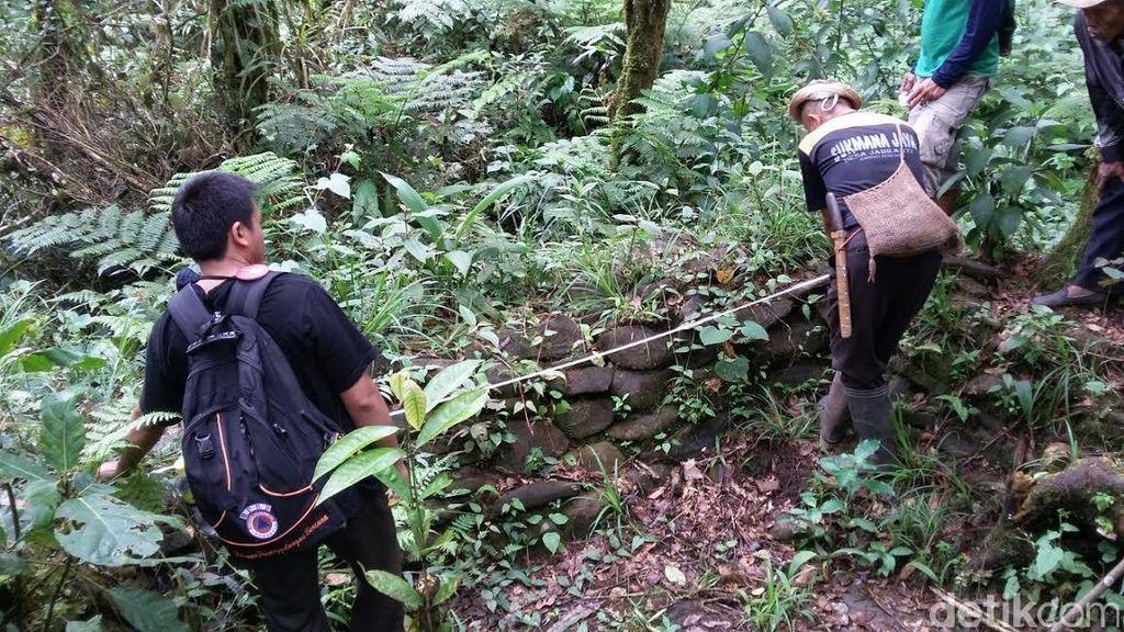Menelisik Jalur Emas Masyarakat Prasejarah Indonesia Lewat Situs Batu Naga