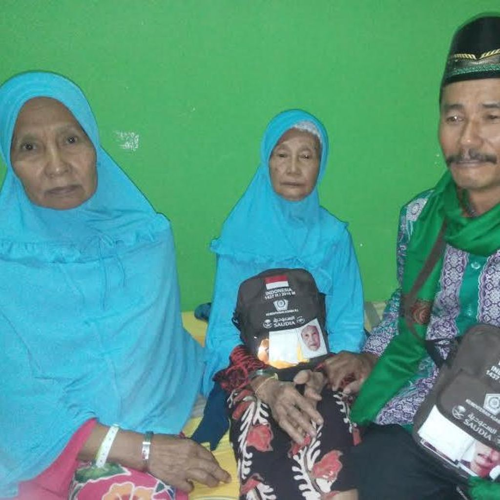 Umur Mendekati se-Abad, Sriatin Calon Jamaah Haji Tertua Embarkasi Surabaya
