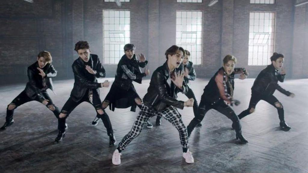 EXO Boyband Dengan Nilai Brand Value Tertinggi