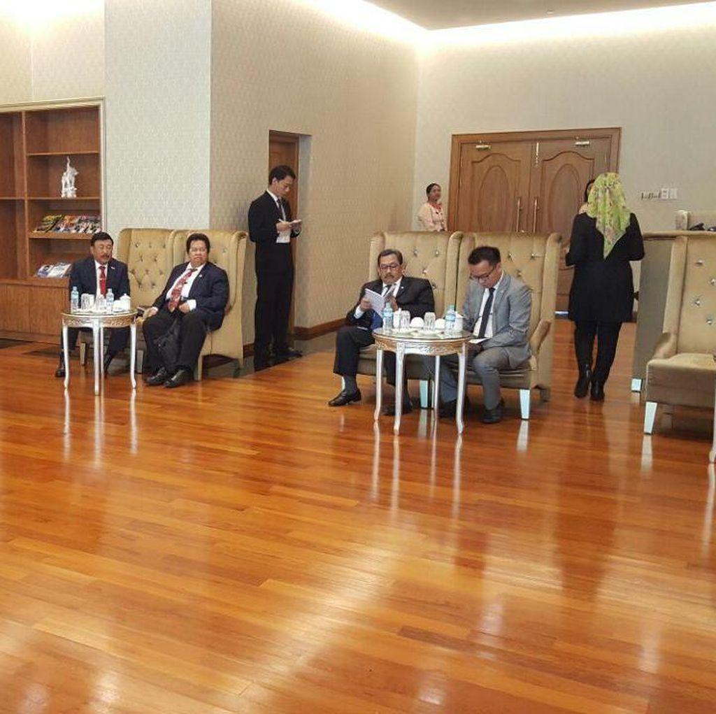Penuhi Undangan, Delegasi MPR Temui Wapres II Myanmar