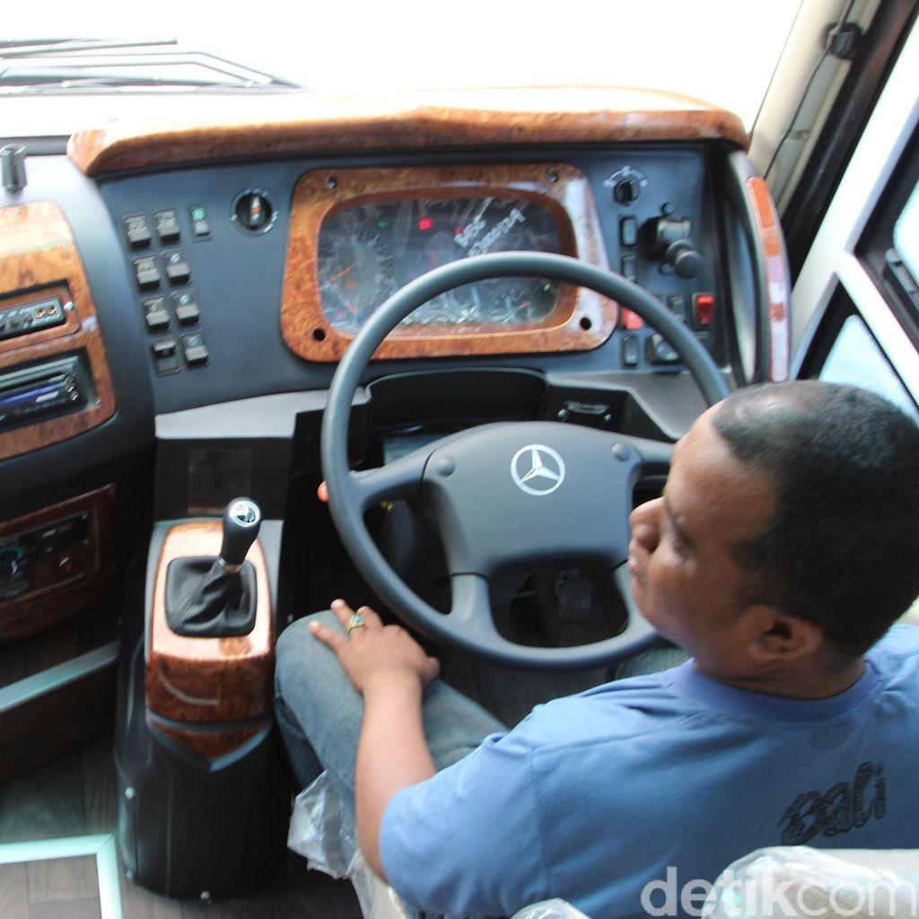Bus-bus Mercy dengan Sejuta KM
