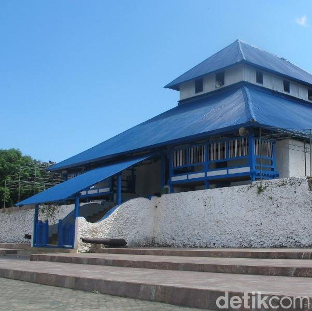 Suara Adzan dari Makkah yang Konon Terdengar di Masjid Sulawesi Tenggara