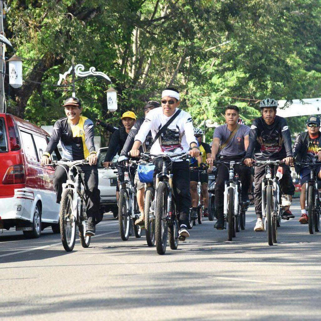 Sepeda Santai Perwakilan 10 Negara Awali Puncak Perayaan HUT Purwakarta