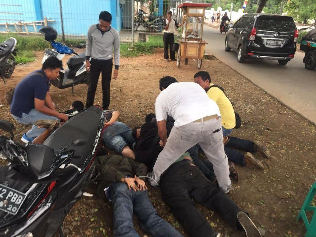 Foto Dar Der Dor di Cipinang Muara: Saat Penjahat Kempis Ban Diringkus Polisi