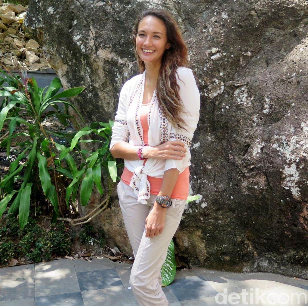Nadine Chandrawinata Kesentil Isu Cerita Labuan Hati