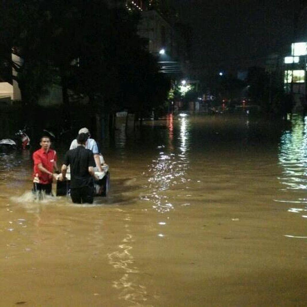 BNPB Beri Peringatan: Banjir Jakarta Akan Terus Meningkat!