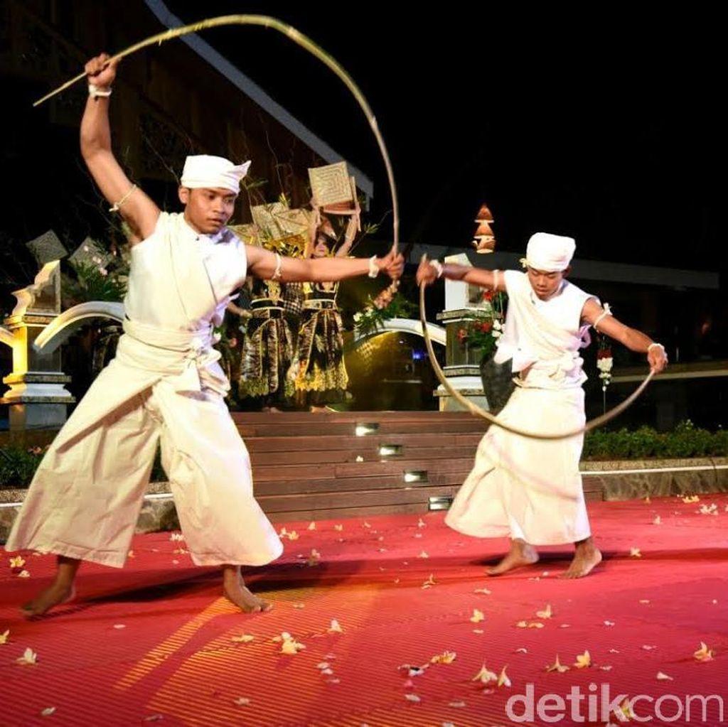 Begini Meriahnya Karnaval Sampurasun Purwakarta