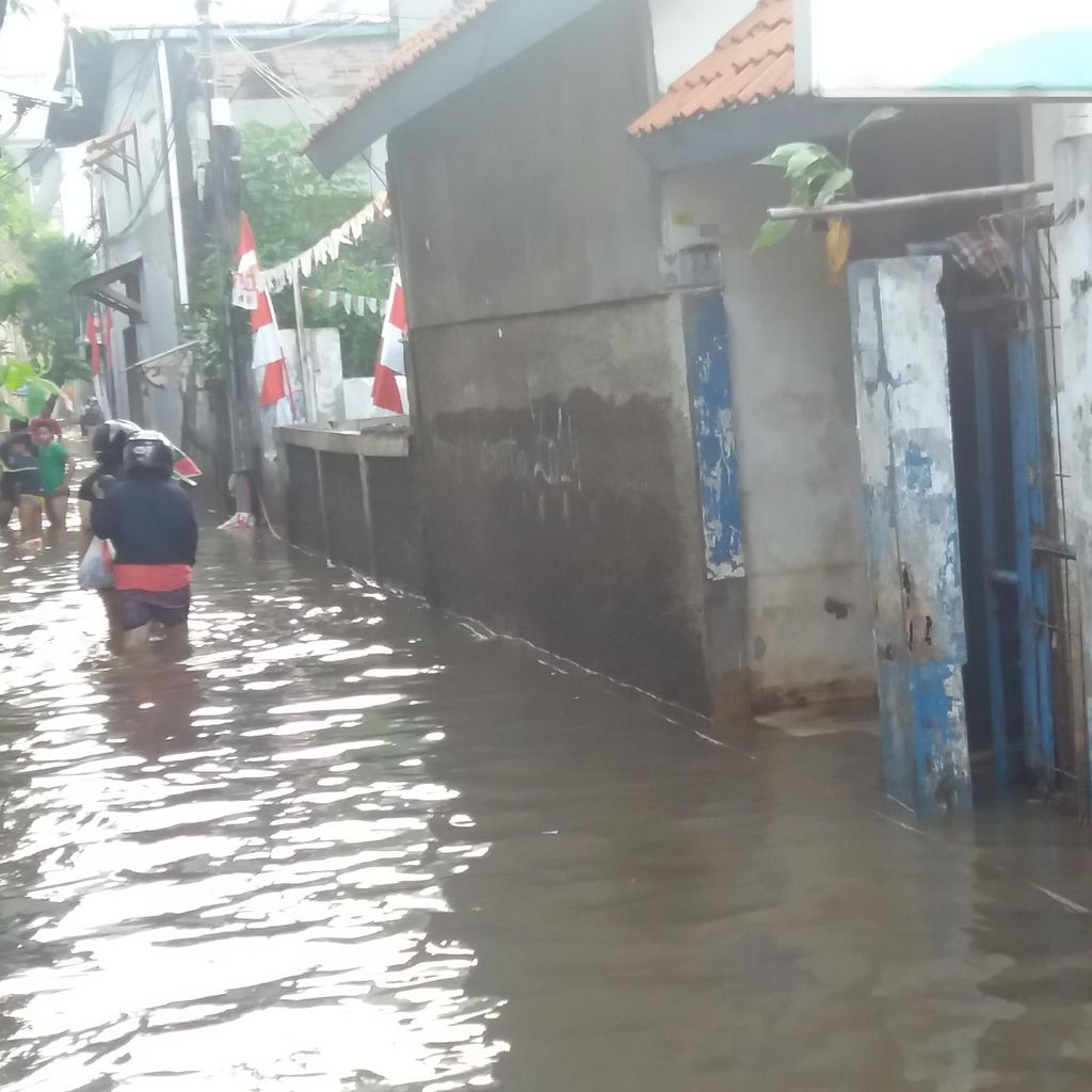 Banjir di Petogogan Belum Surut, Sejumlah Warga Masih Mengungsi
