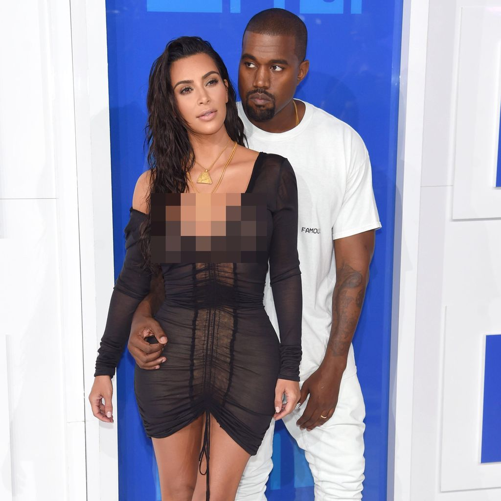 Hot Couple! Kanye West dan Kim K Tampil Black and White di VMA 2016
