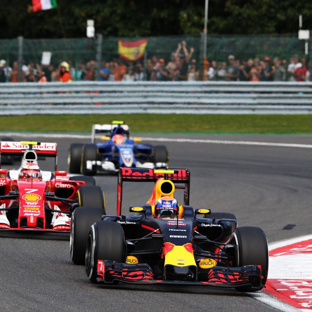 Raikkonen: Aksi Verstappen Bisa Sebabkan Kecelakaan Hebat