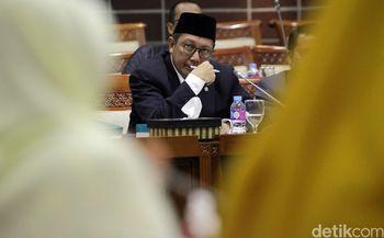 Menag dan Komisi VIII Bahas Keterlambatan Visa Haji