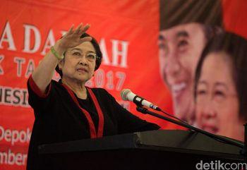 Mega Buka Sekolah Calon Kepala Daerah PDIP