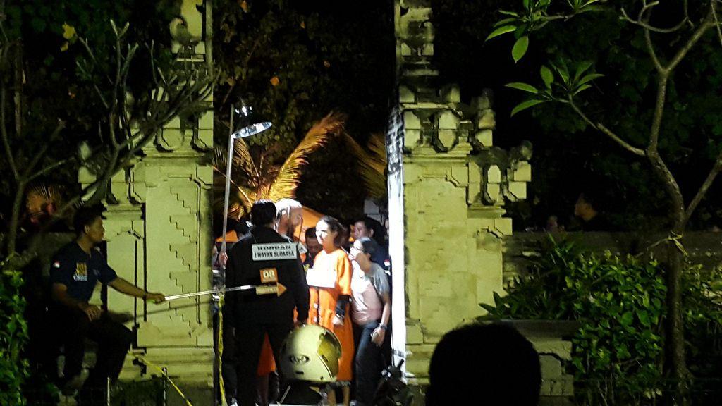 Begini Proses Rekonstruksi Bule Bunuh Polisi di Pantai Legian