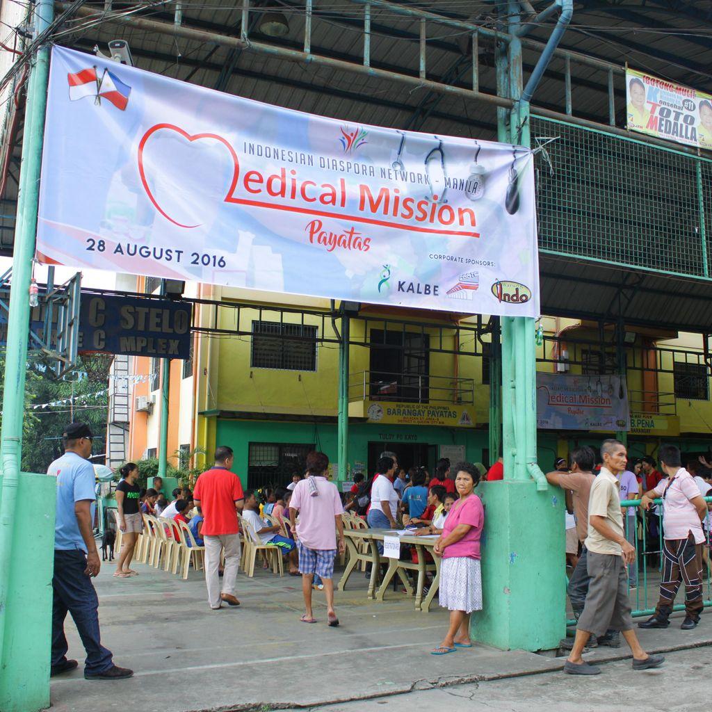 Diaspora Indonesia Beri Bantuan Medis ke Warga Miskin Manila Filipina