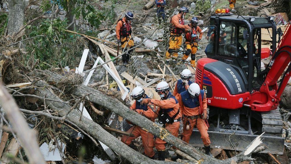 Korban Topan Lionrock di Jepang Bertambah Jadi 14 Orang