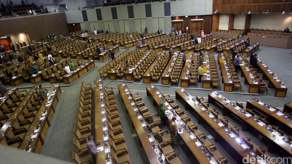 Paripurna Bahas Perjanjian Paris, 316 Anggota DPR Tak Hadir