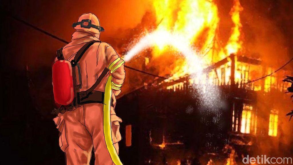 3 Rumah Terbakar di Tambora, 19 Unit Damkar Diterjunkan