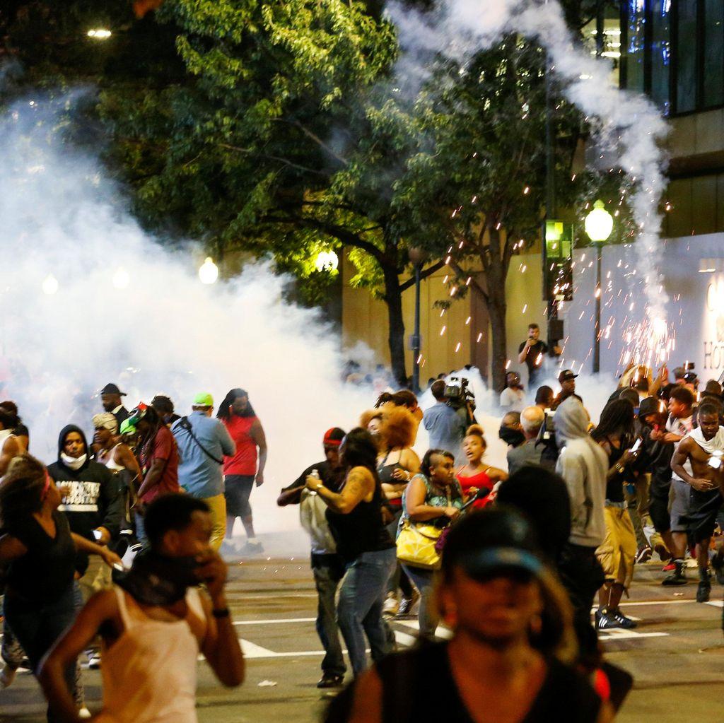 Diserang Protes, Polisi Akan Rilis Penembakan Pria Kulit Hitam di AS