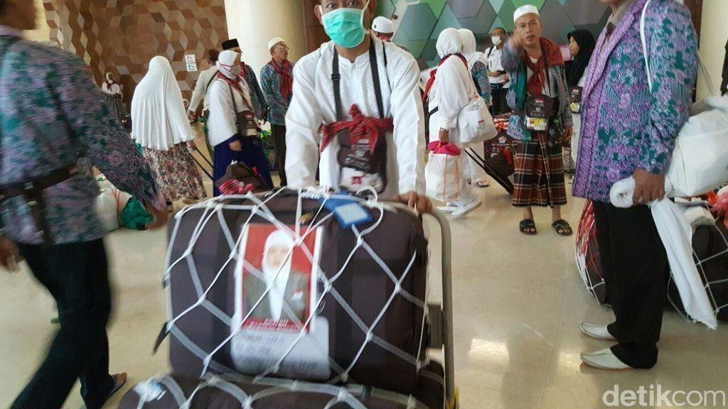 Bandara Halim Ditutup Sementara, Kepulangan Jemaah dari Jeddah Tertunda