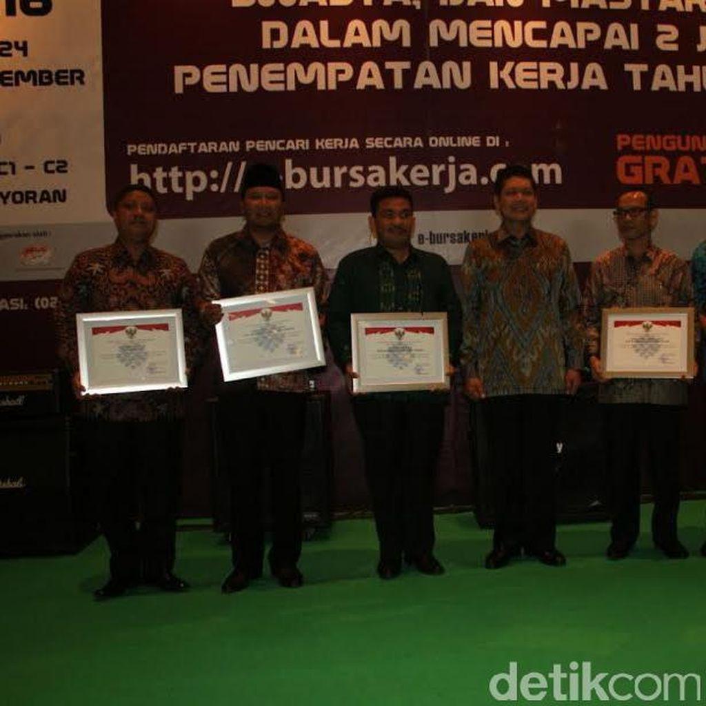 Kabupaten Pasuruan Raih Penghargaan SMM ISO 9001 Selama Tiga Tahun