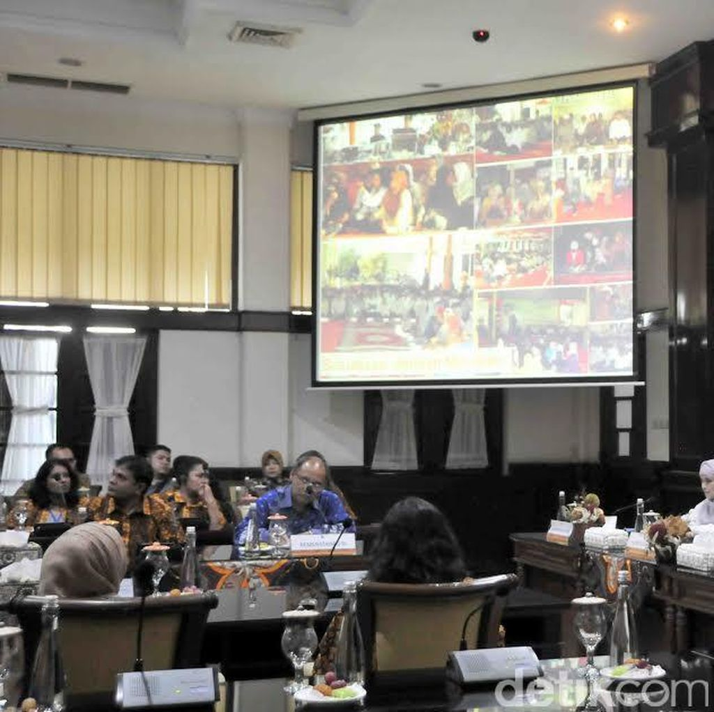 Peserta Colombo Plan Bangga dengan Surabaya