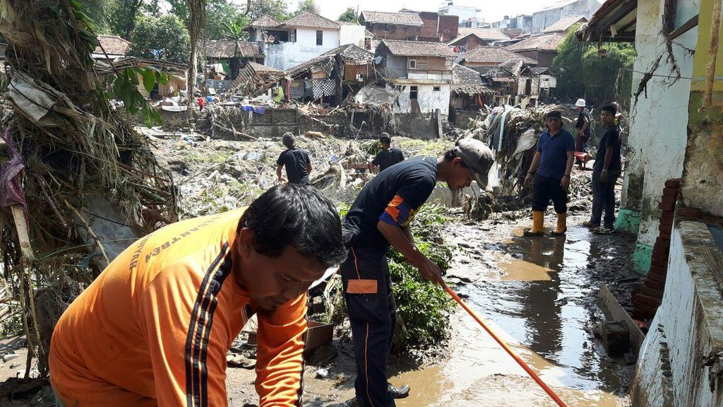 Pemberian Bantuan Banjir Garut Diimbau Satu Pintu Agar Distribusi Merata