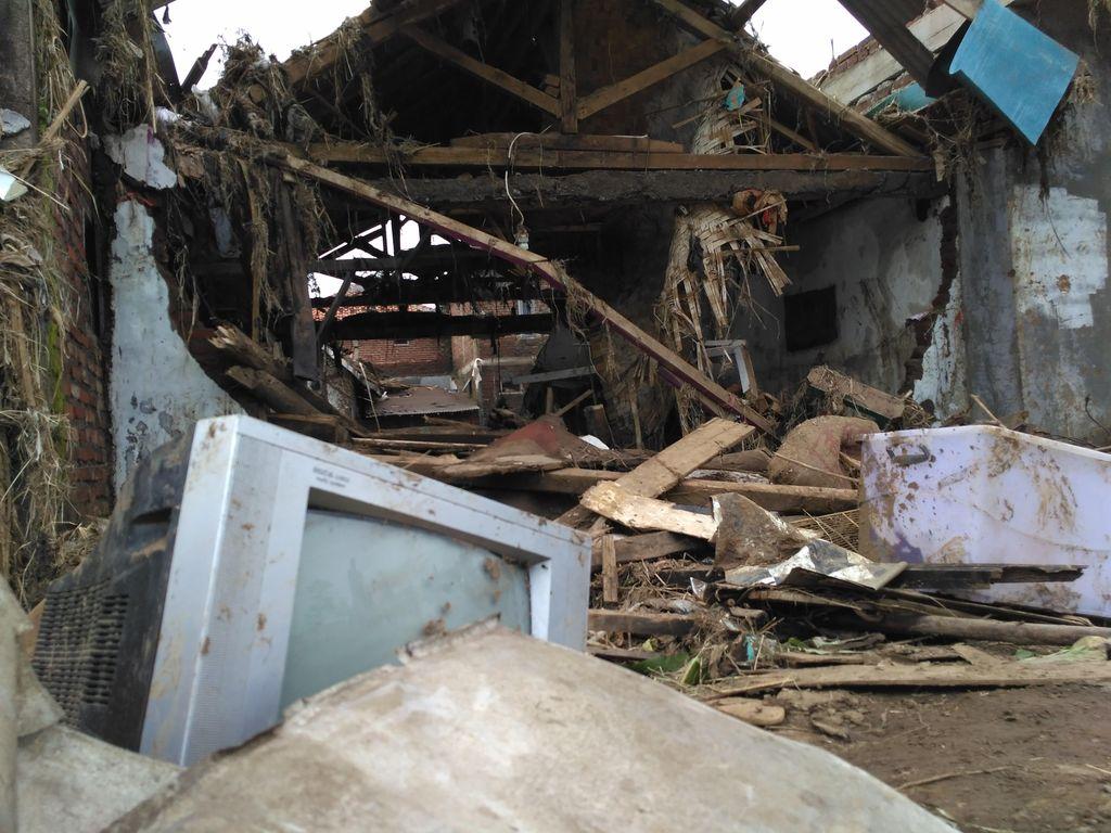 Tim SAR Fokus Cari 20 Orang Hilang Korban Banjir Bandang Garut di Jatigede