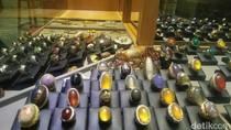 Pedagang Batu Akik: Sudah Obral Murah, Masih Saja Sepi Pembeli