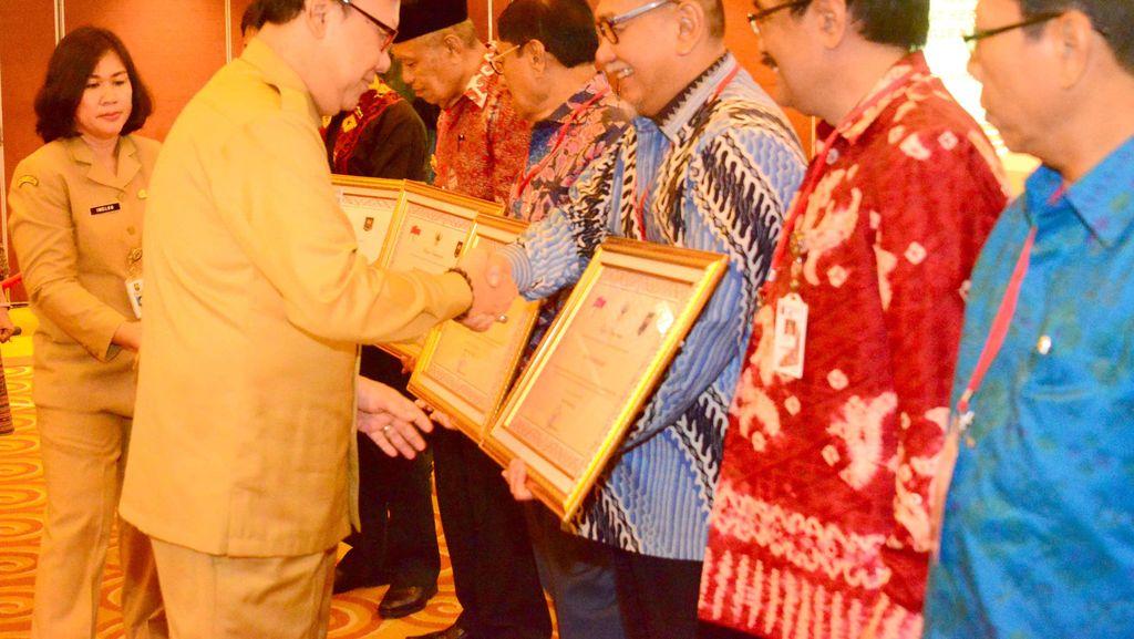 Pemprov Jabar Raih Penghargaan dari Kemendagri