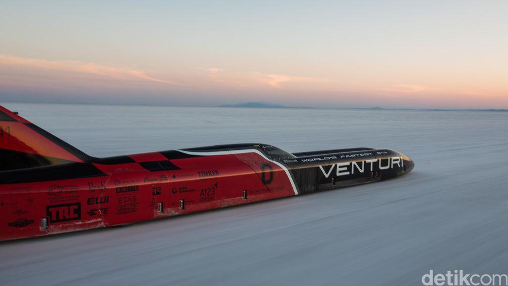 Mobil Listrik Tercepat Dunia, Berlari Sampai 550 Km Per Jam!