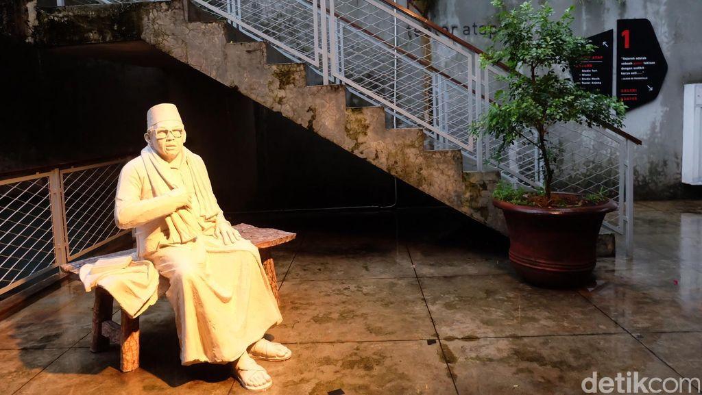 Gus Dur hingga Gurita Raksasa, Menikmati 4 Karya Seni di Komunitas Salihara