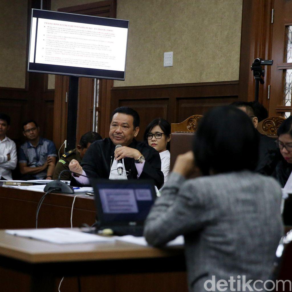 Tutup Duplik dengan Curhat, Pengacara Jessica Puji Kearifan Majelis Hakim