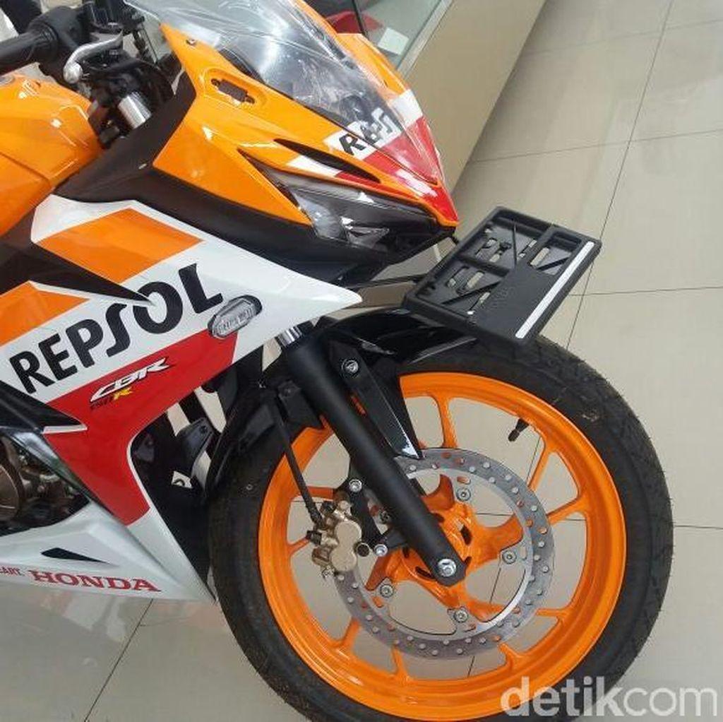 Setiadi, Warga Depok Beli Honda CBR150R dengan Uang Koin Rp 1.000!