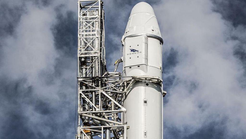 Serba-serbi Roket Falcon 9 yang Serpihannya Diduga Jatuh di Sumenep