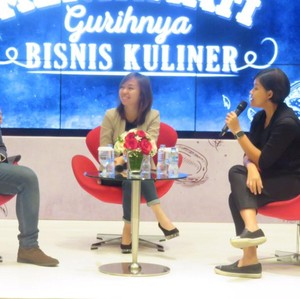 Bos Holycow dan Nasi Goreng Mafia Berbagi Tips Bisnis di Dekat Kampus