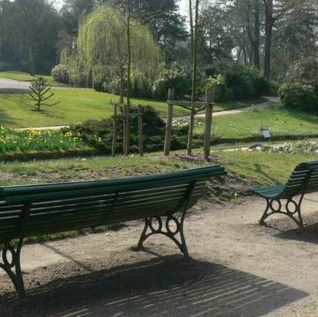 Paris akan Sediakan Taman untuk Orang yang Telanjang