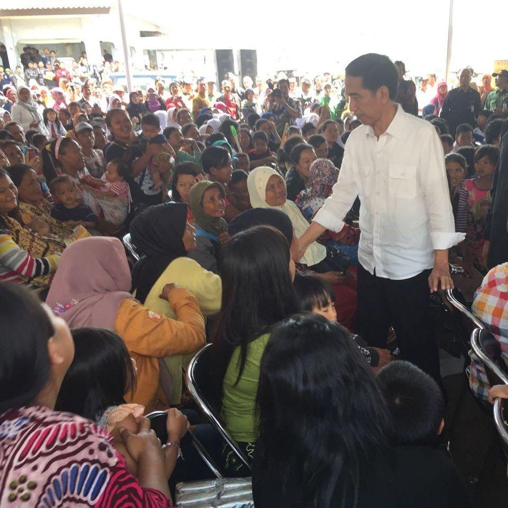 Tak Ingin Seremoni, Jokowi Minta Bantuan Banjir Garut Diserahkan Langsung!