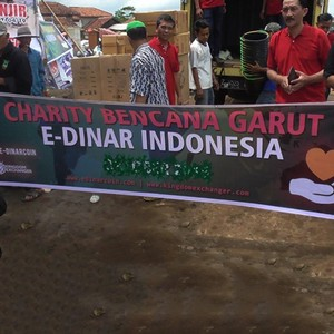 E-Dinar Coin Jalankan Program Helping Hand EDINAR untuk Bantu Korban Banjir Garut