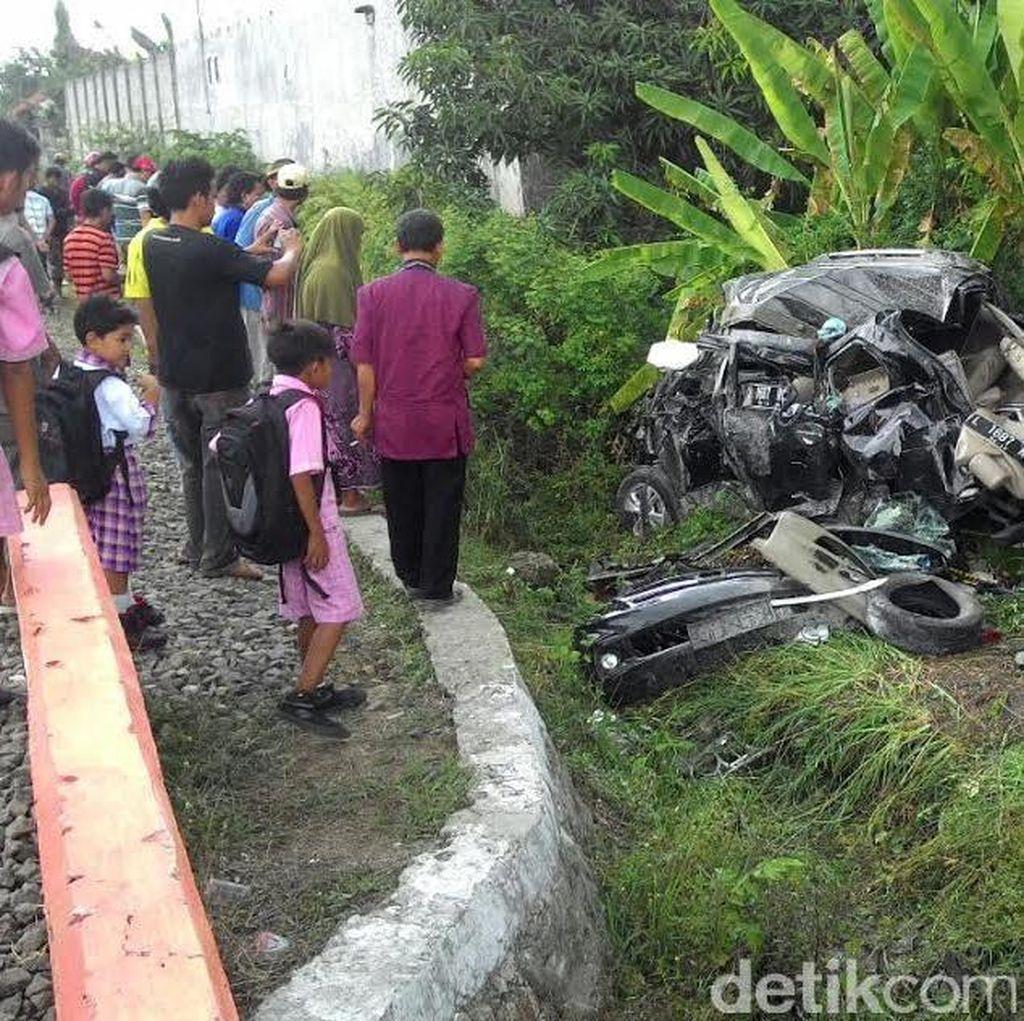 Korban Tewas Kecelakaan Kereta Api di Lamongan Bertambah
